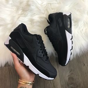 Brand New Nike Air Max 90 Black